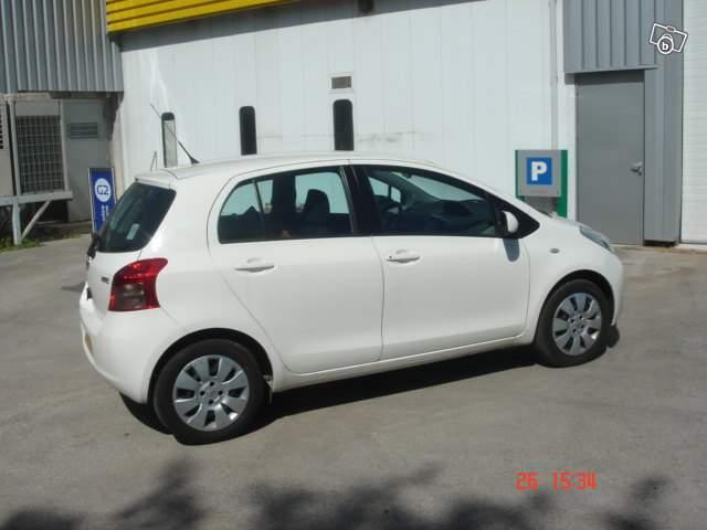 [Image: Toyota%20Yaris%202.jpg]